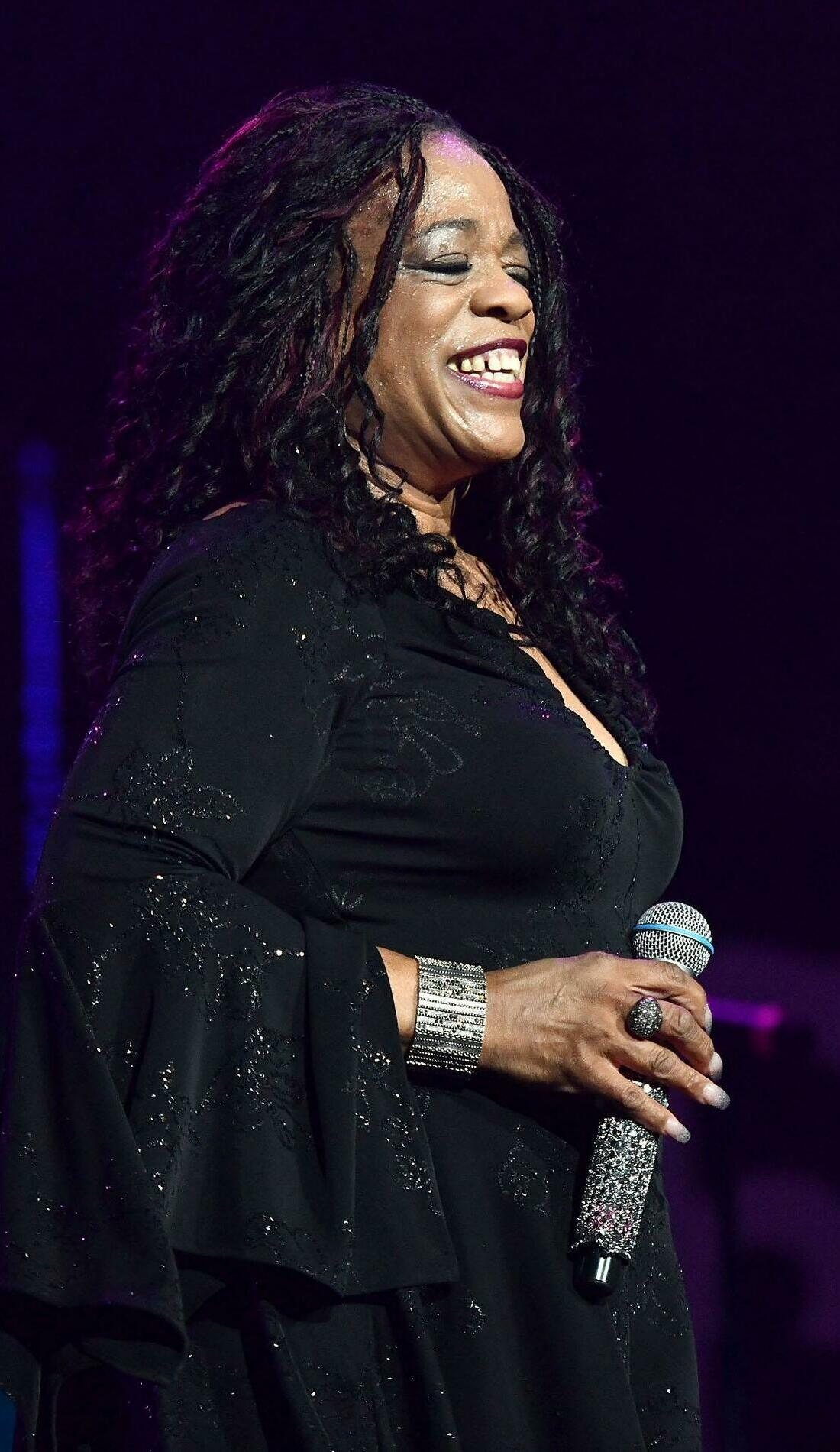 A Evelyn Champagne King live event