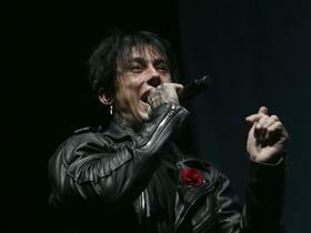 Falling in Reverse with Escape The Fate and The Word Alive