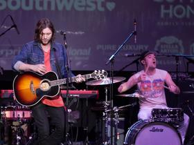 Houndmouth with Family of the Year (18+)