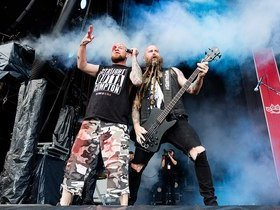 Five Finger Death Punch with Breaking Benjamin and From Ashes to New