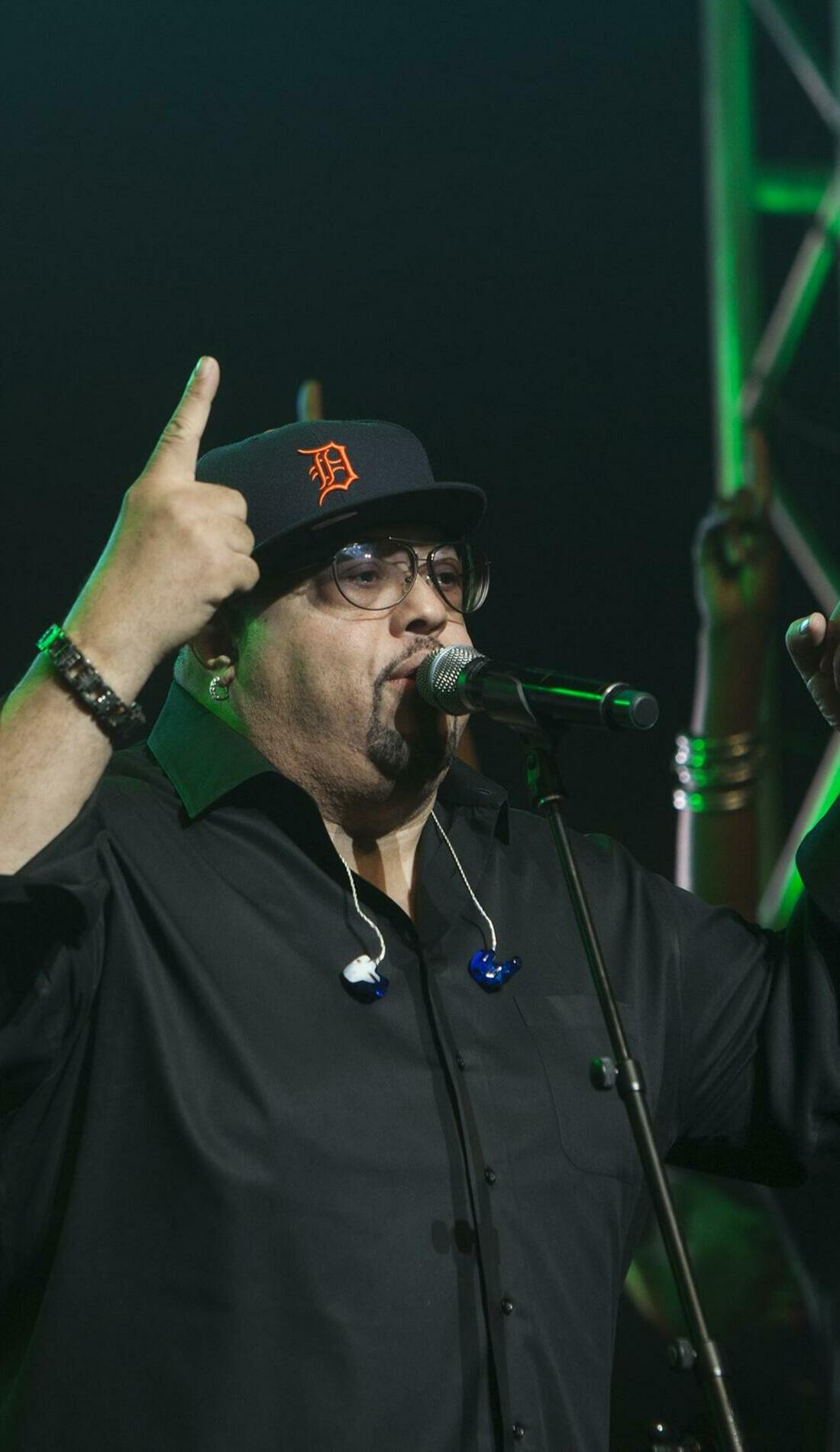 A Fred Hammond live event
