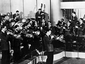 Glenn Miller Orchestra - Dover
