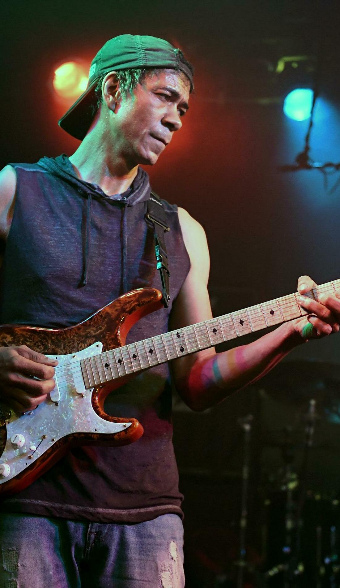 A Greg Howe live event