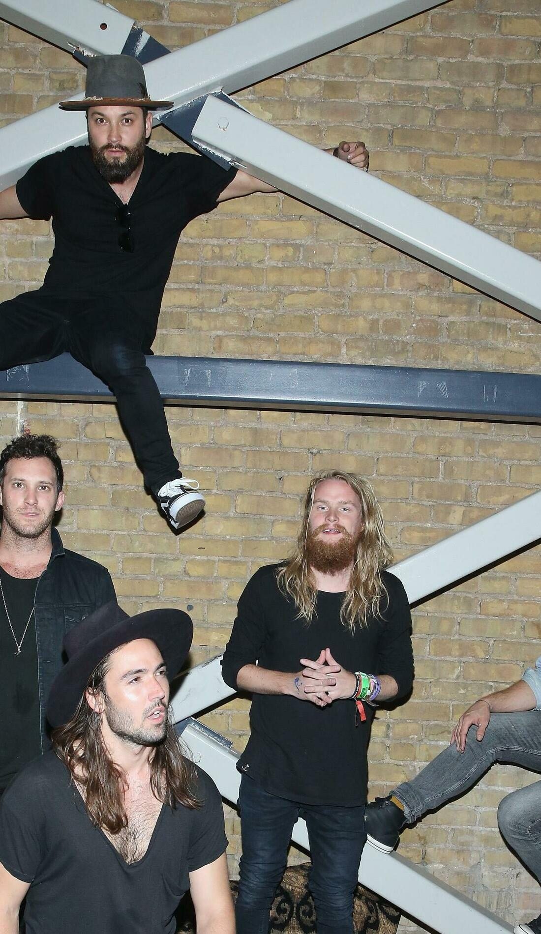 A Grizfolk live event