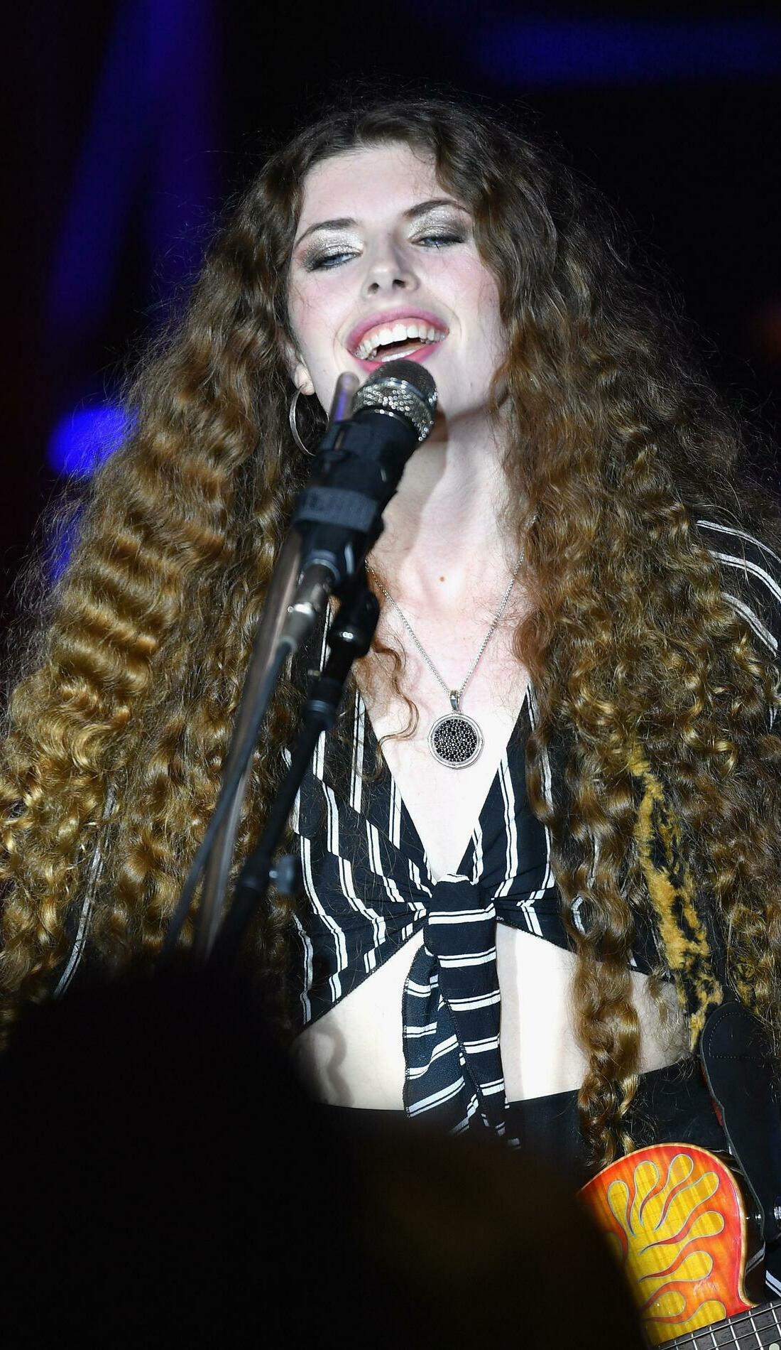 A Hannah Wicklund live event