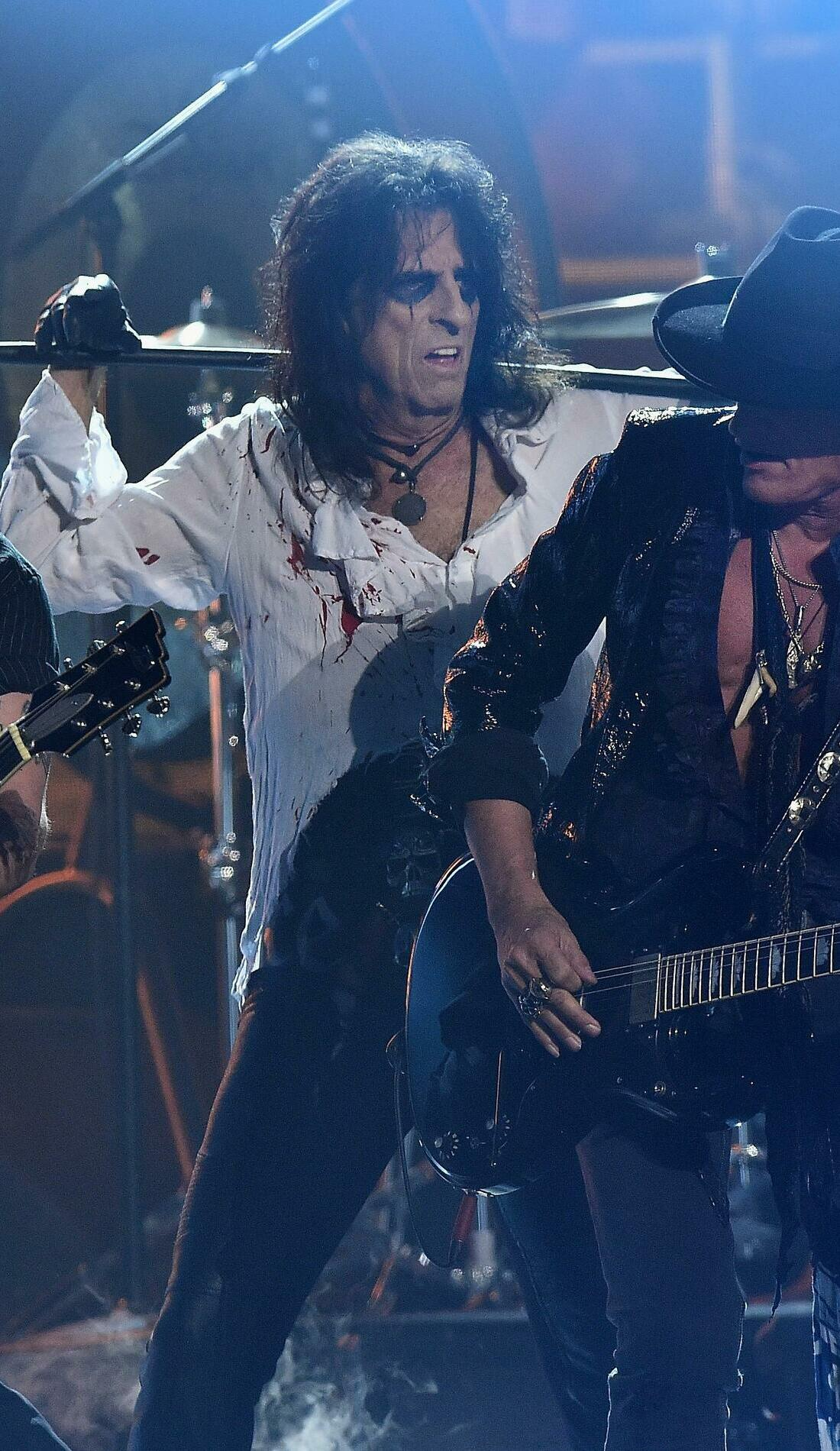 A Hollywood Vampires live event