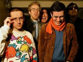 Hot Chip (21+)