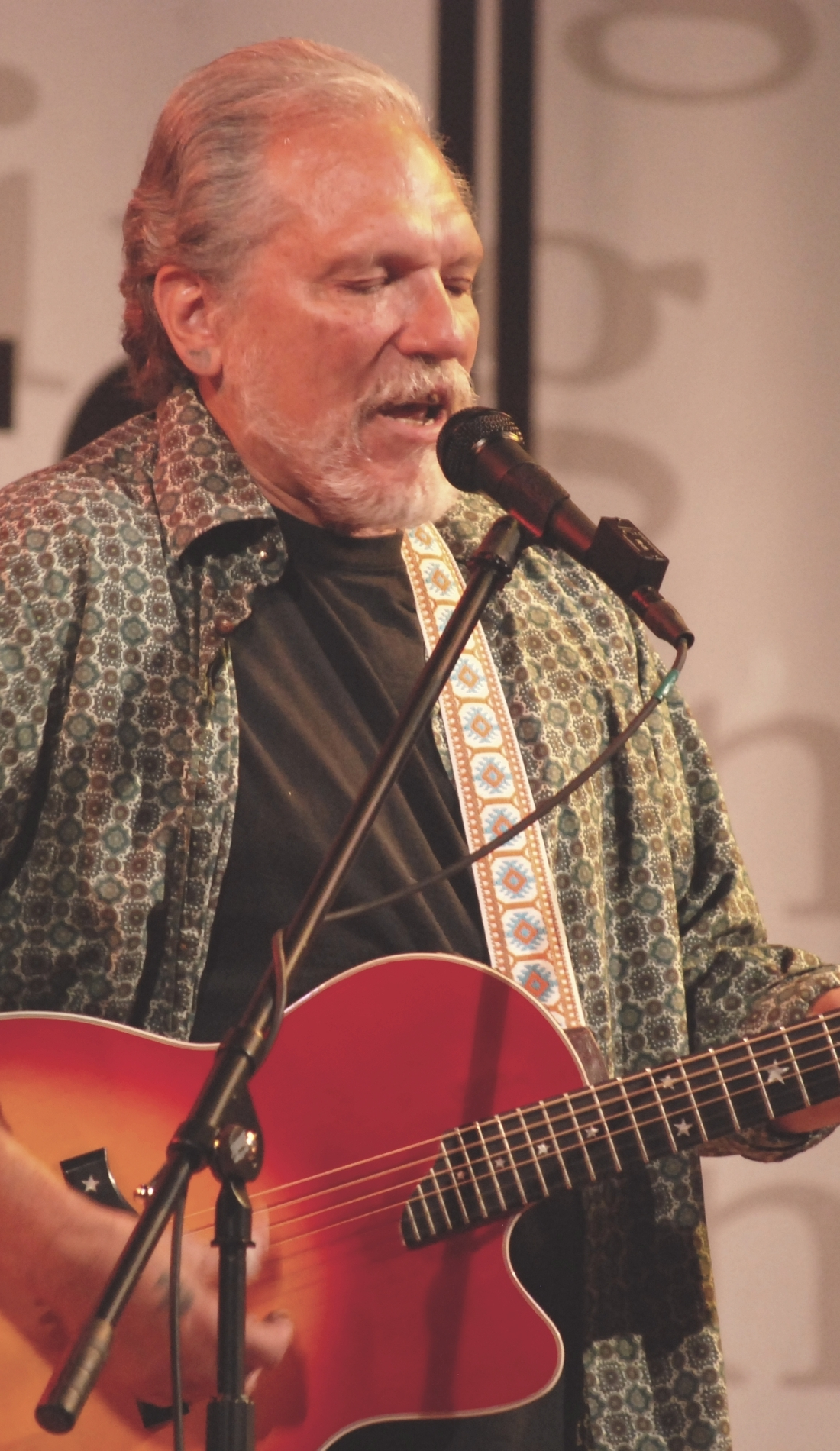 A Hot Tuna live event