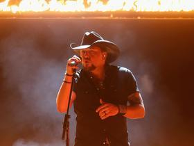 Jason Aldean with A Thousand Horses and Dee Jay Silver and Thomas Rhett