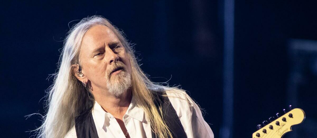 Jerry Cantrell Tickets