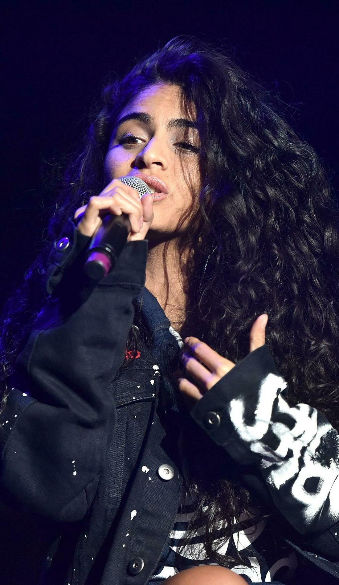 A Jessie Reyez live event