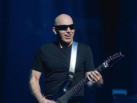Joe Satriani with G3