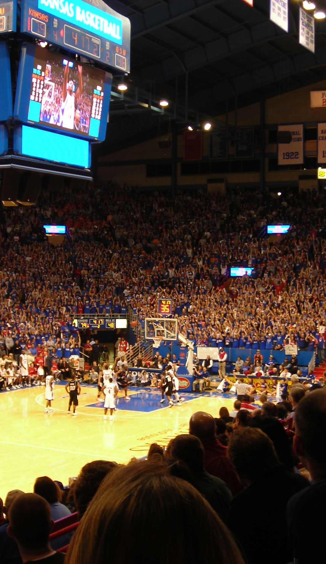 A Kansas Jayhawks Basketball live event
