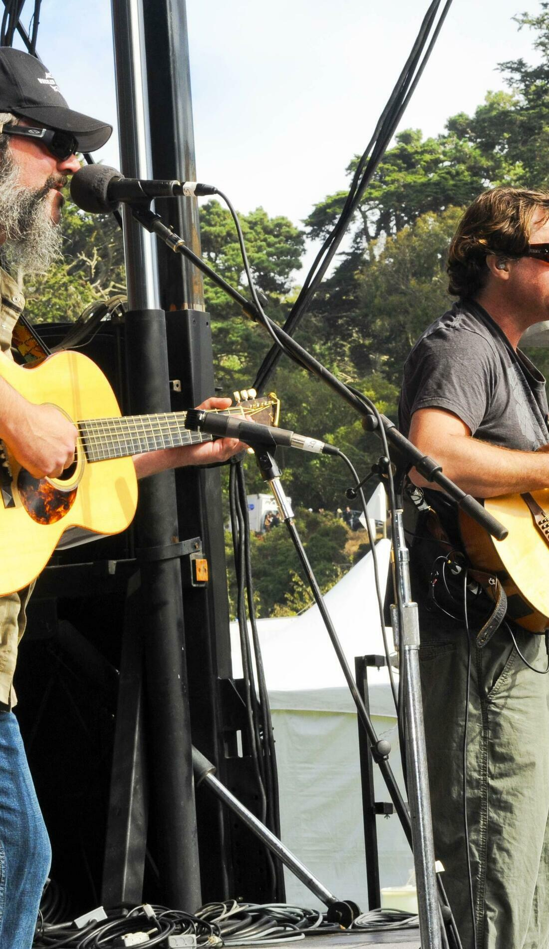A Keller & The Keels live event