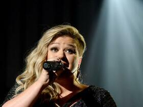 Kelly Clarkson with Kelsea Ballerini