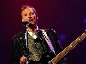 Advertisement - Tickets To Kenny Loggins