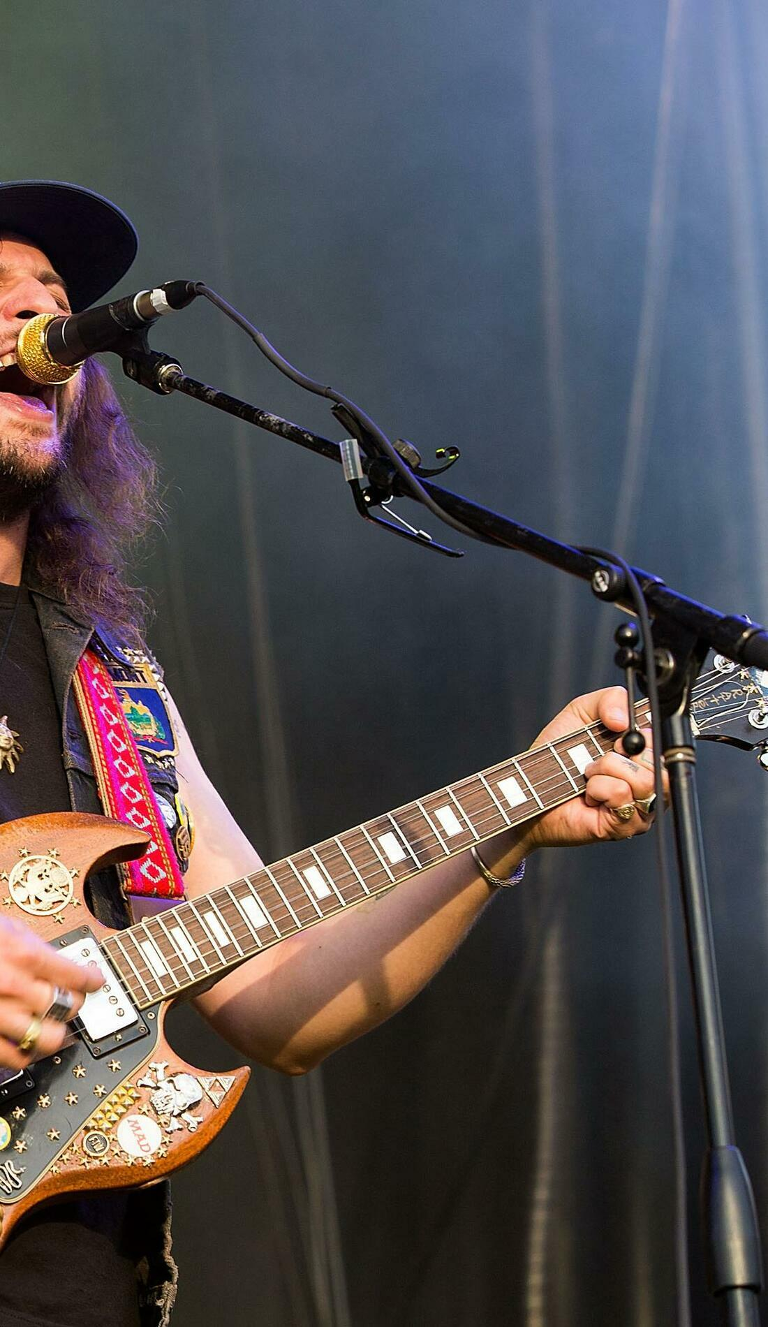 A King Tuff live event