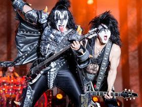 Advertisement - Tickets To KISS