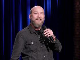 Advertisement - Tickets To Kyle Kinane