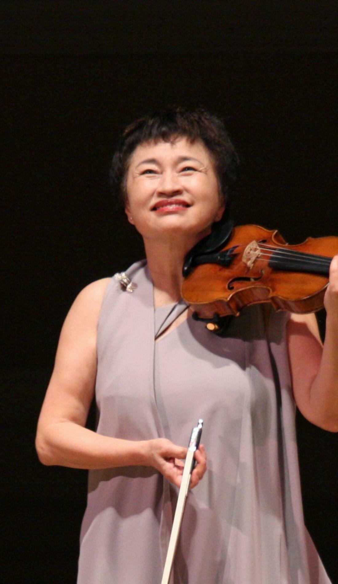 A Kyung Wha Chung live event