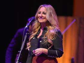 Lee Ann Womack with The Travelin' McCourys