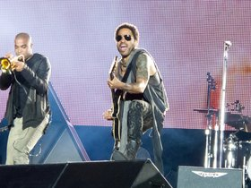 Lenny Kravitz with Curtis Harding