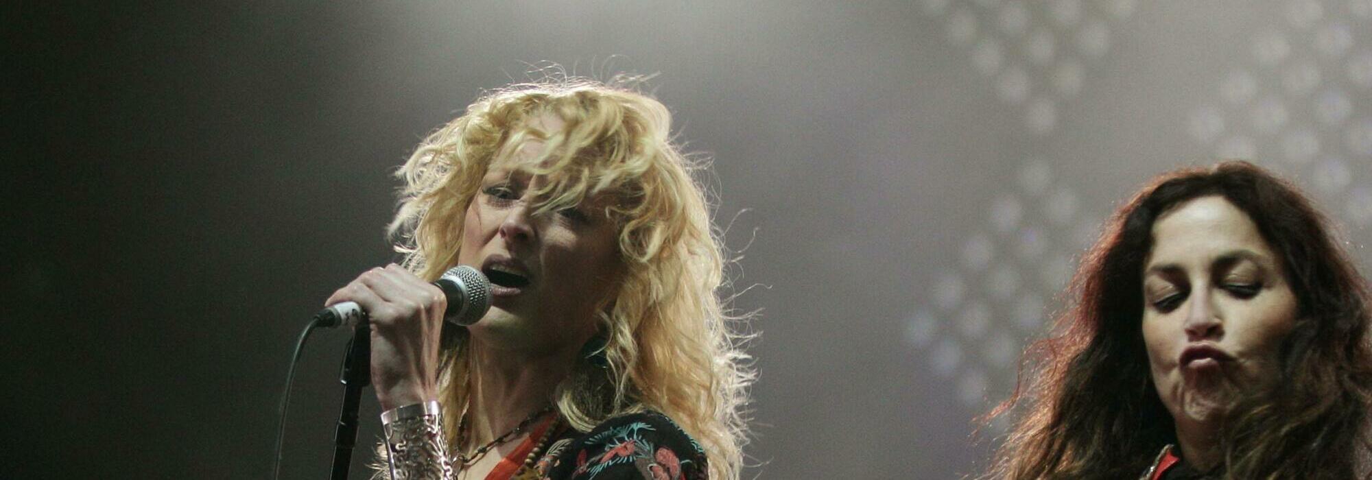 A Lez Zeppelin (Led Zeppelin Tribute) live event