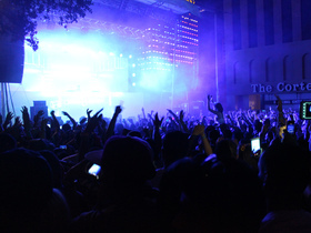 Life In Color (16+)