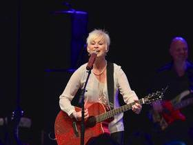 Advertisement - Tickets To Lorrie Morgan