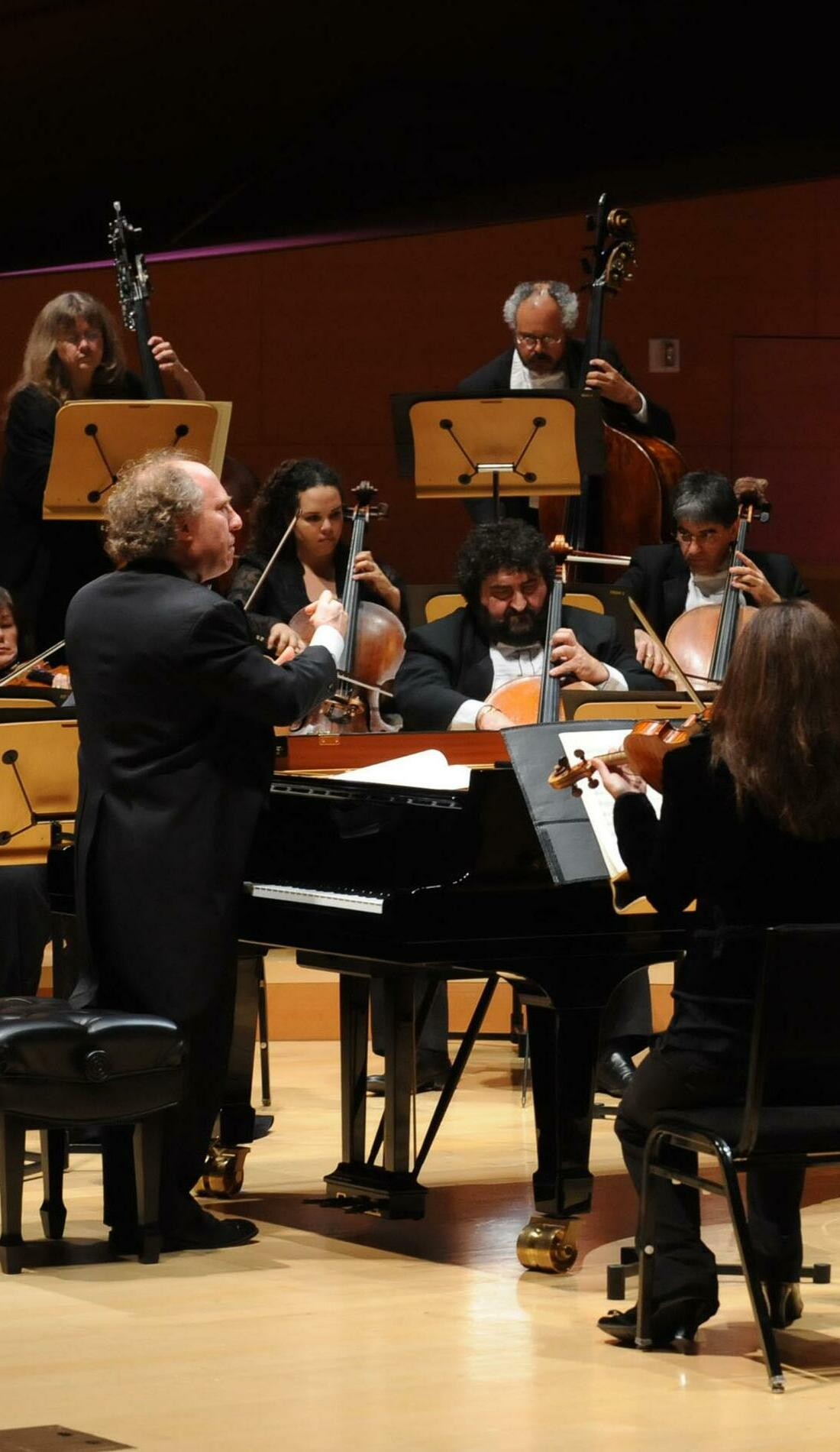 A Los Angeles Chamber Orchestra live event