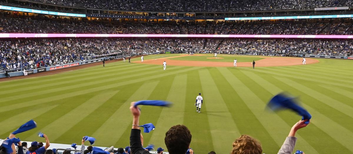 Dodgers Vs Rockies Tickets Sep 2 In Los Angeles Seatgeek