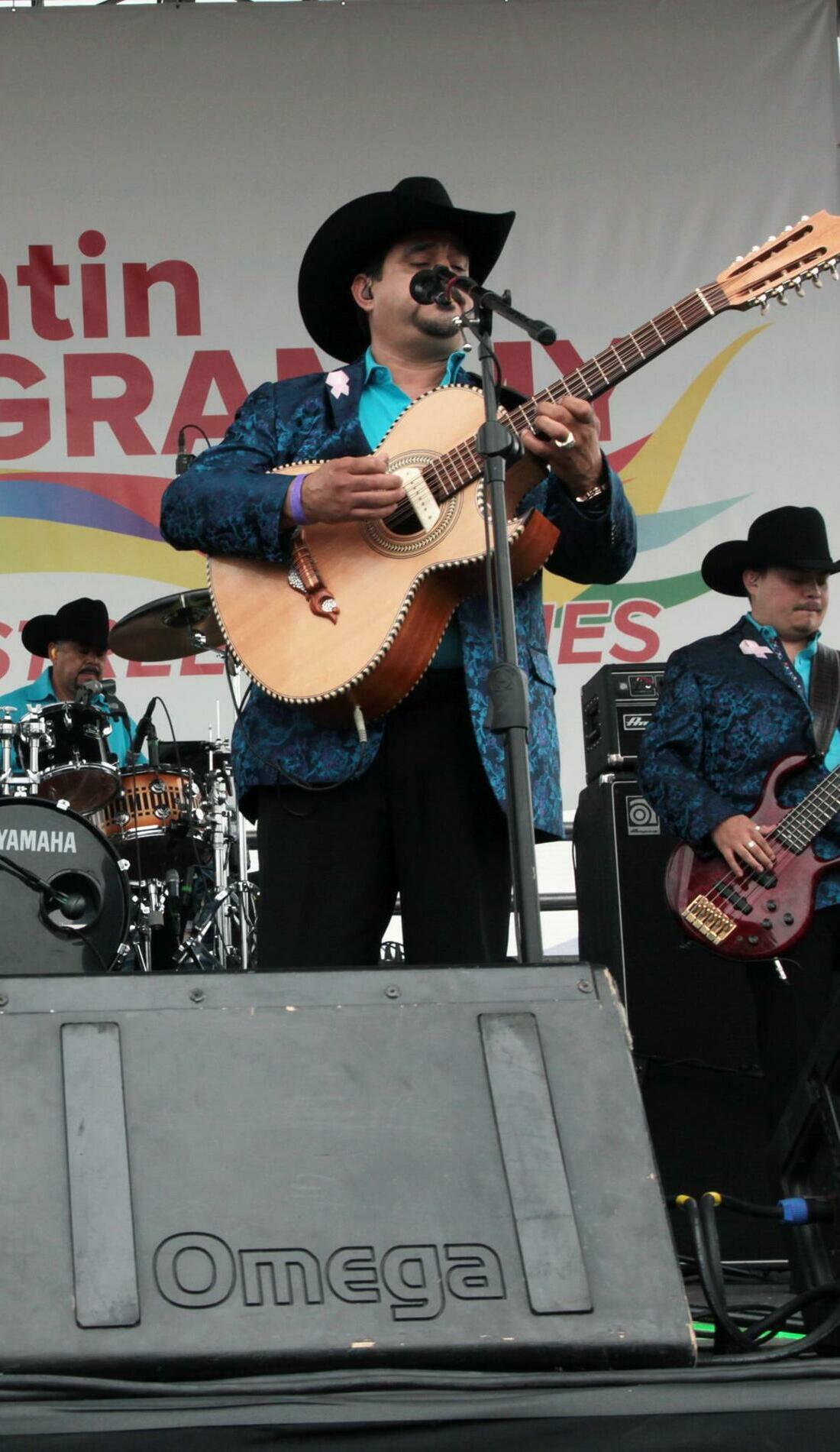 A Los Rieleros Del Norte live event
