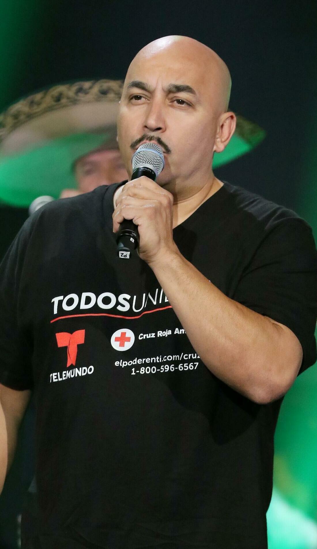 A Lupillo Rivera live event