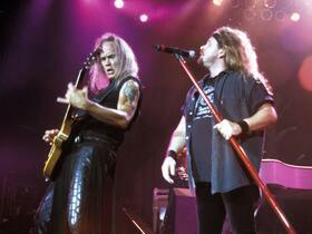Lynyrd Skynyrd with Travis Tritt