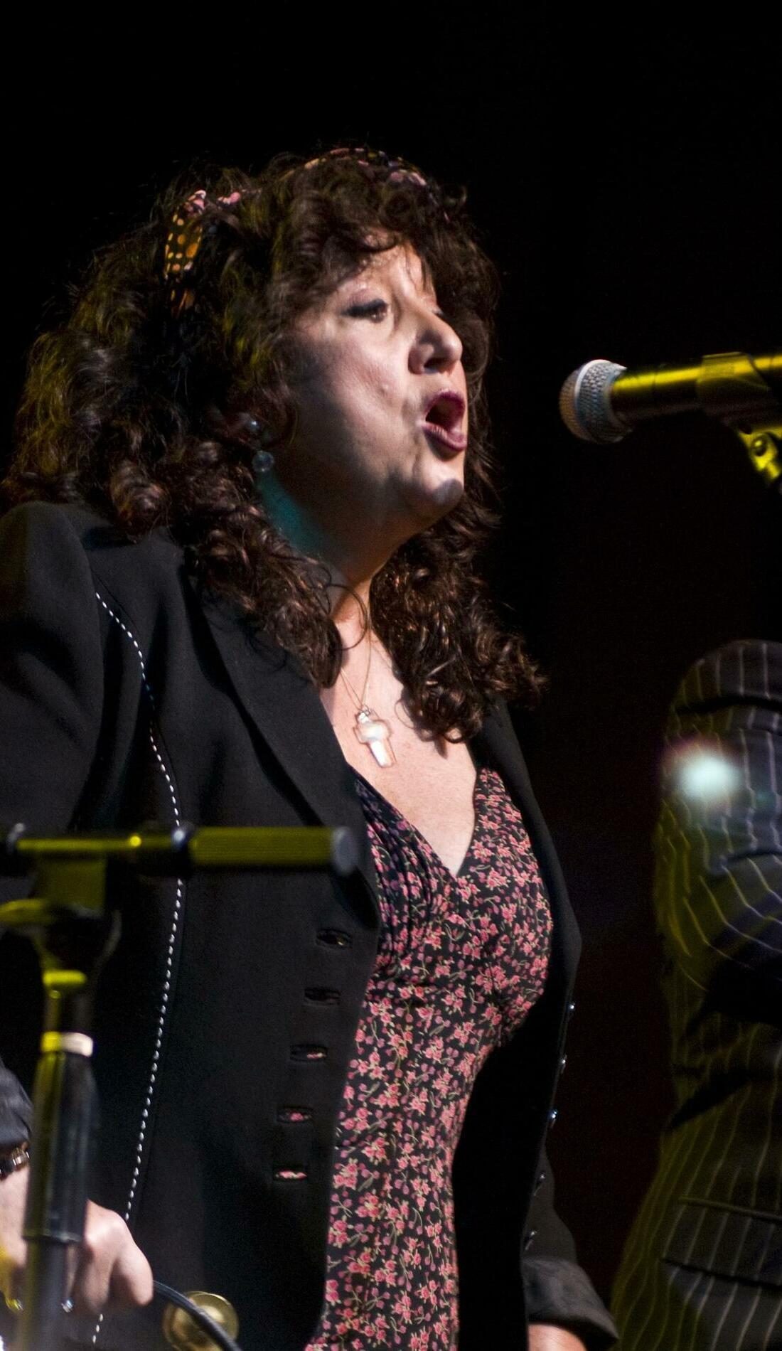 A Maria Muldaur live event
