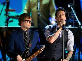 Maroon 5 with Julia Michaels