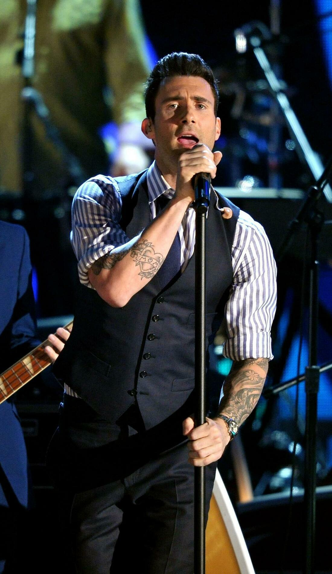 A Maroon 5 live event