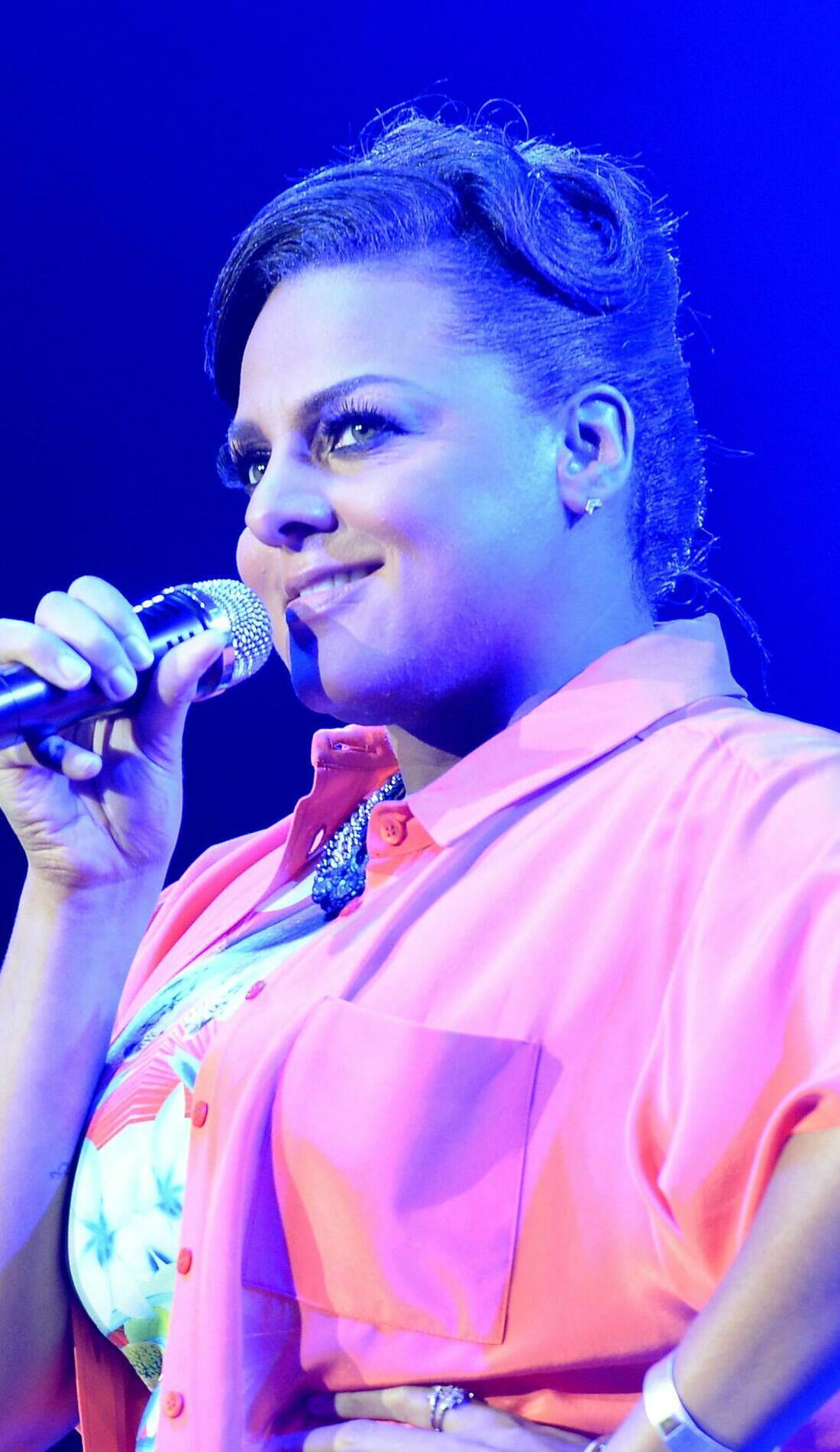 A Marsha Ambrosius live event