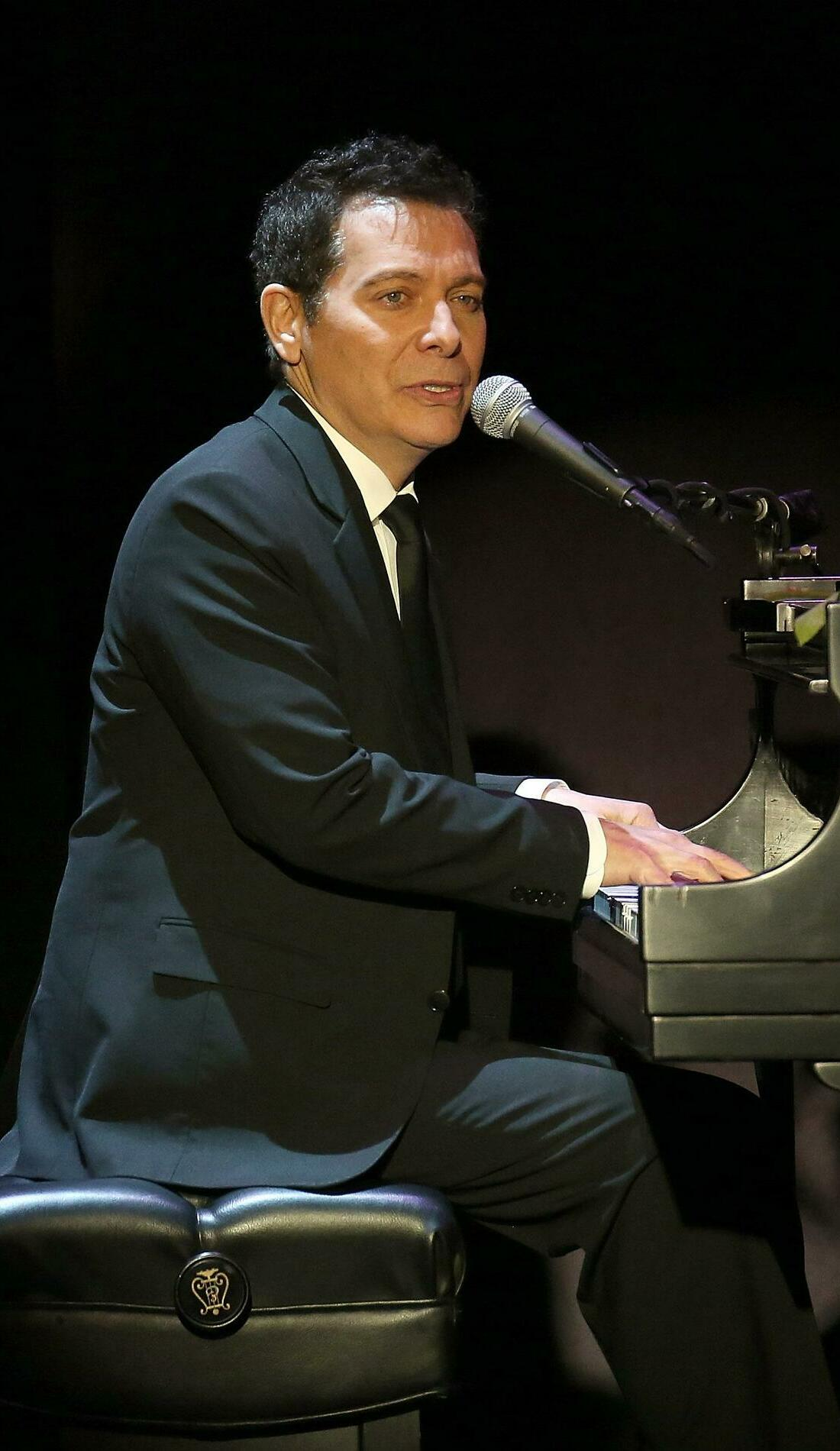 A Michael Feinstein live event
