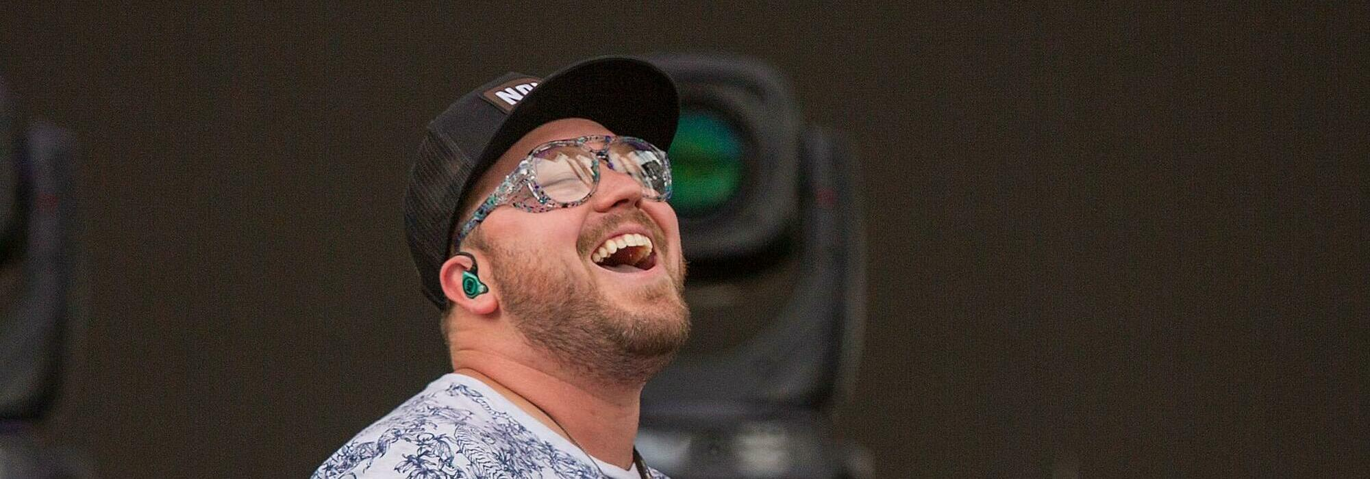 A Mitchell Tenpenny live event