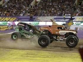 Monster Jam Monster Truck Racing