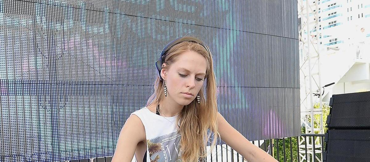 Nora En Pure Tickets