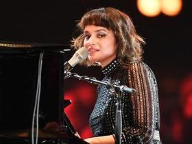 Norah Jones with The Candles