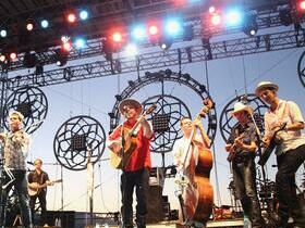 Advertisement - Tickets To Old Crow Medicine Show