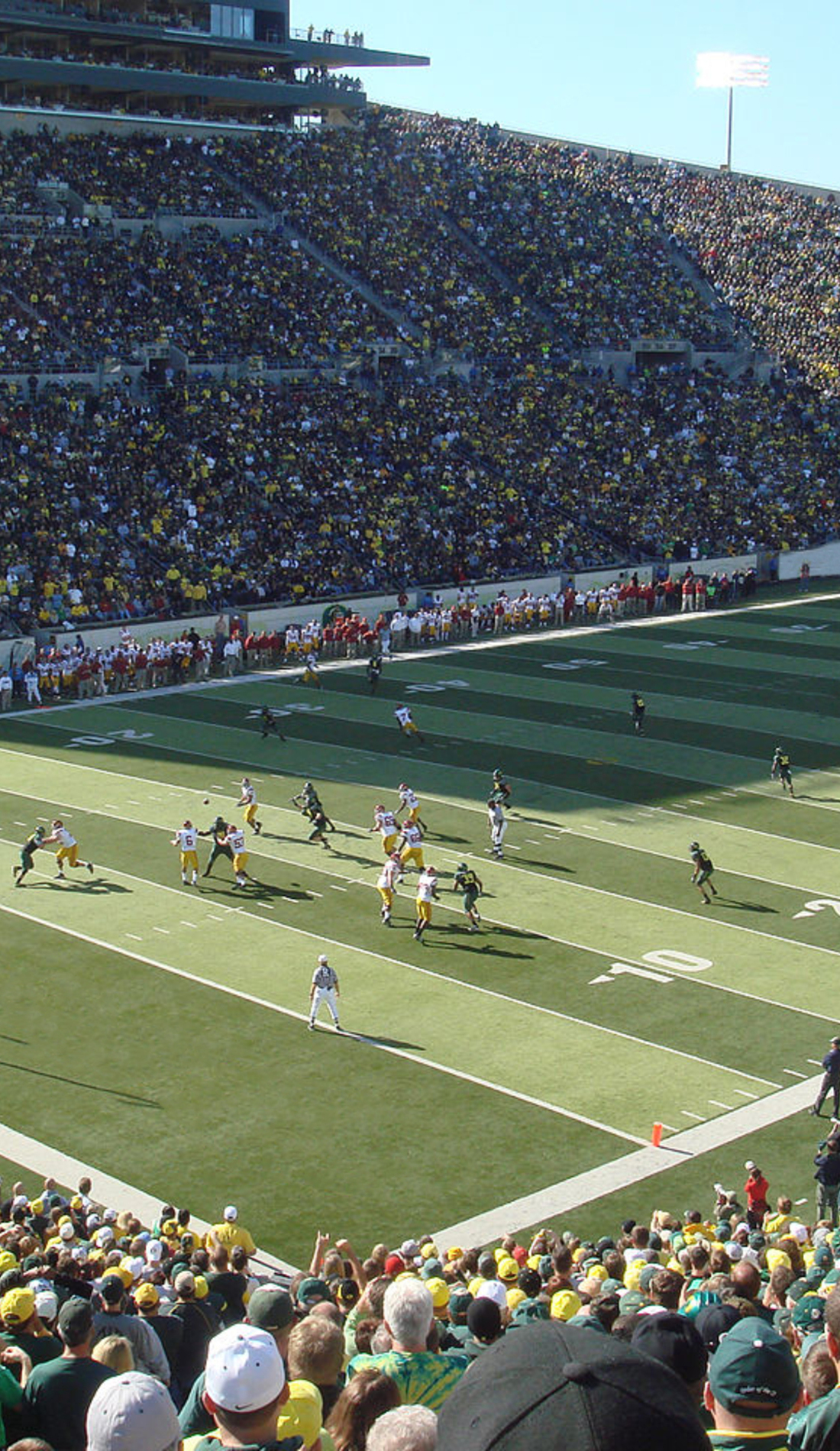 A Oregon Ducks Football live event