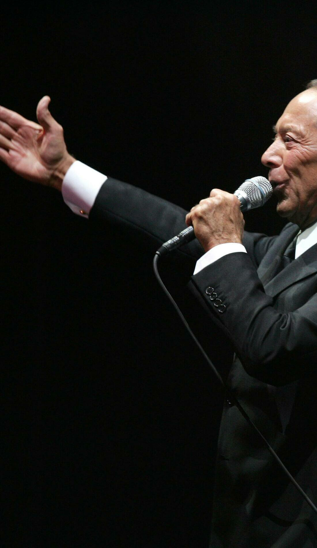 A Paul Anka live event