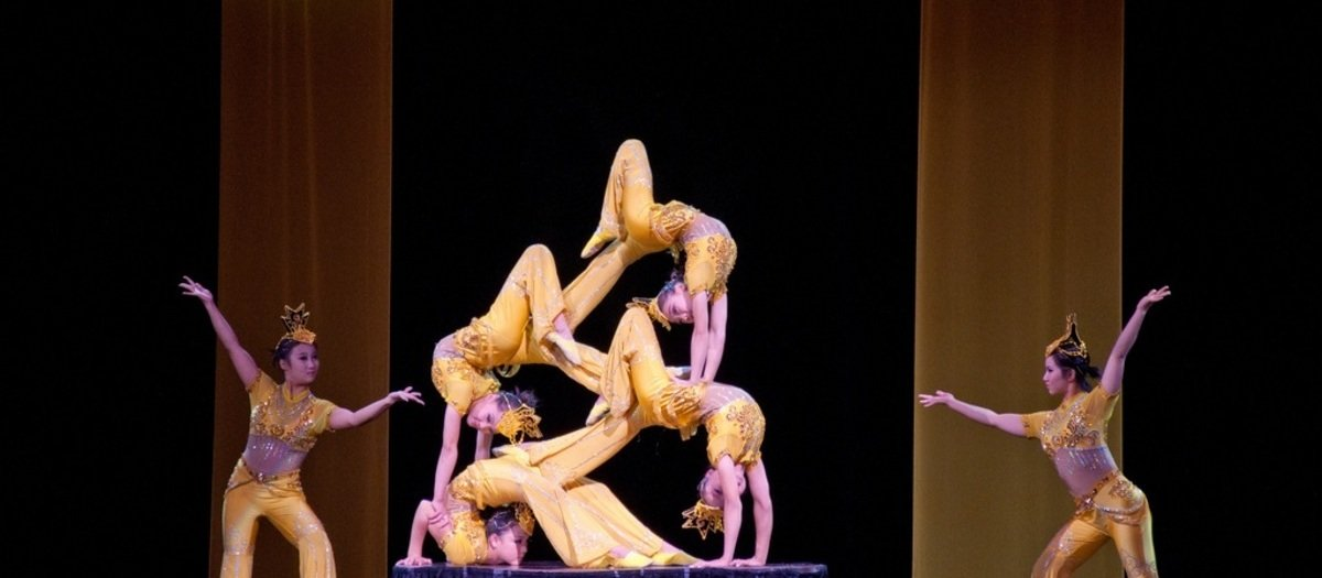 Peking Acrobats Tickets