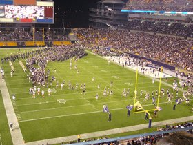 Advertisement - Tickets To Pittsburgh Panthers Football