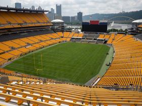Pittsburgh Steelers at Baltimore Ravens
