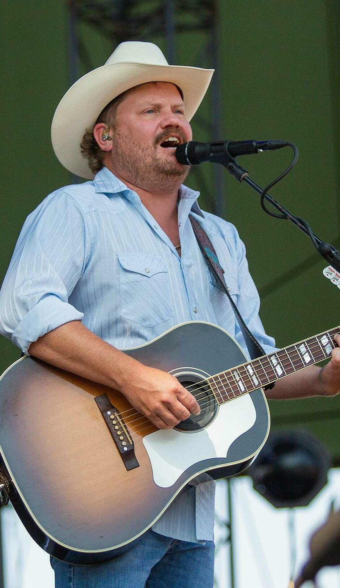 A Randy Rogers Band live event